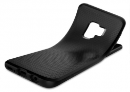 Как защитить смартфон от повреждений с помощью аксессуаров