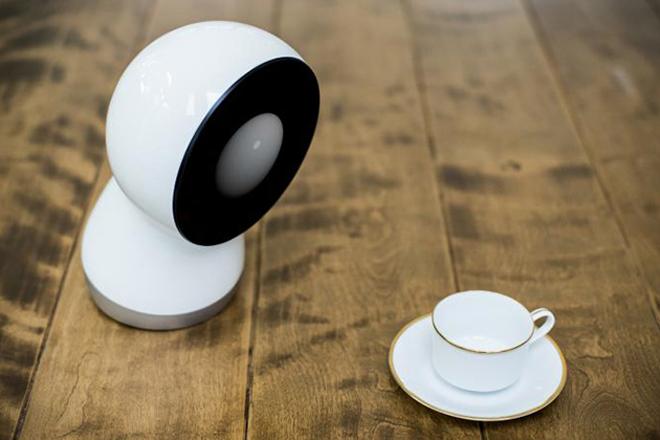 Jibo – социальный робот для дома